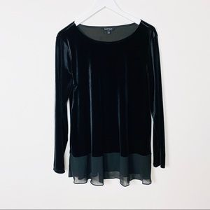 Ellen Tracy Velvet Black Top Size Large